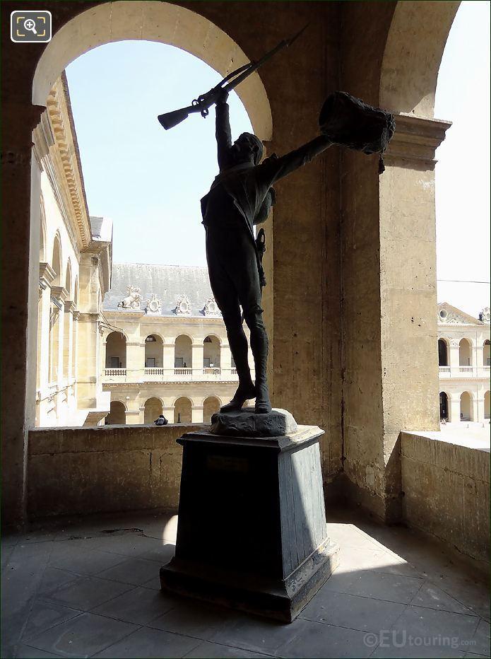 Les Invalides Soldier Statue