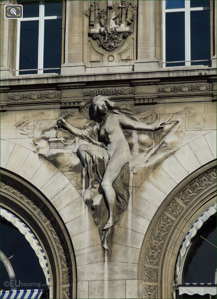 Gare De Lyon l Electiricite Sculpture