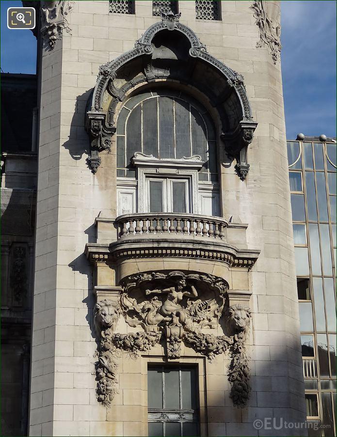 Gare De Lyon La Sirene Sculpture