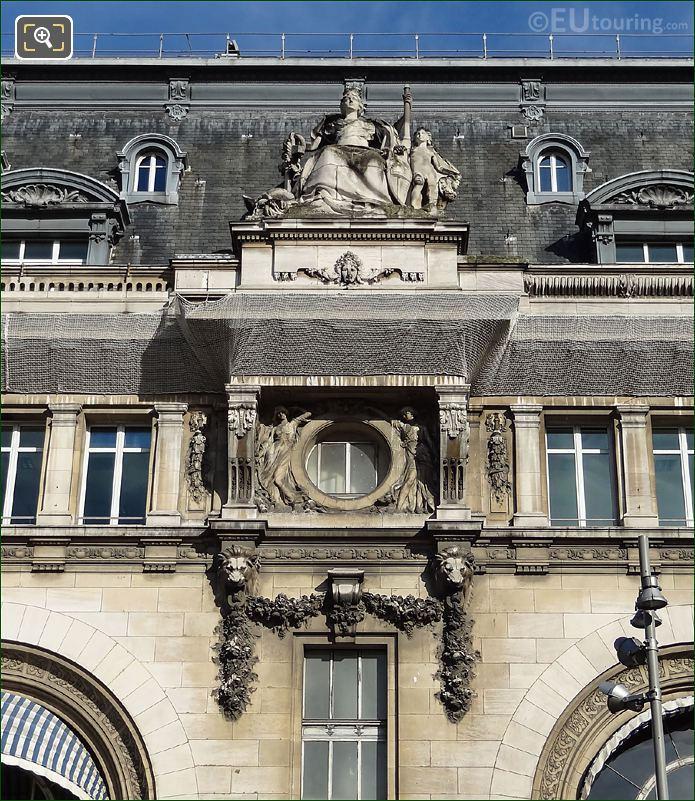 La Ville De Marseille Gare De Lyon
