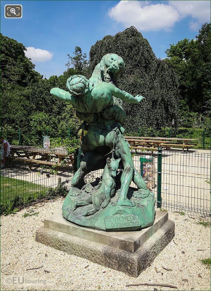 Denicheur d Oursons Statue By Emmanuel Fremiet