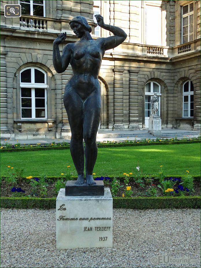 La Femme Aux Pommes Statue By J Terzieff