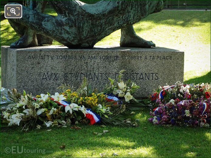 Name Inscription On Etudiants Morts Dans La Resistance Monument