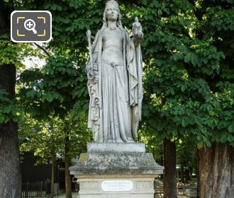 Queen Of France Statue Berthe On Stone Base