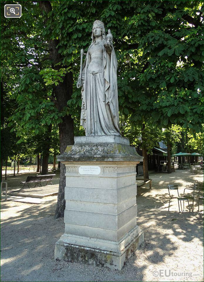 Marble Statue Of Queen Of France Berthe De Laon