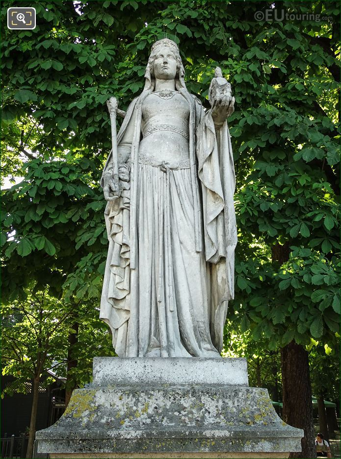 Queen Of France Statue Berthe By Eugene Oudine