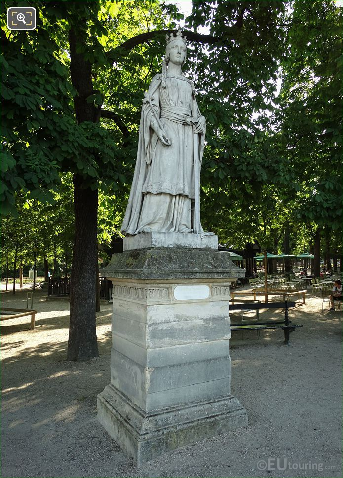 Statue Of La Reine Mathilde On Pedestal