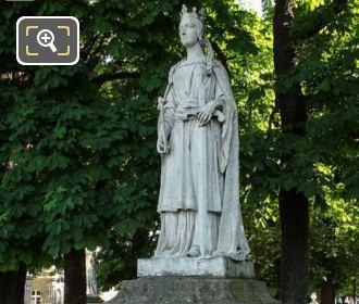 Luxembourg Gardens Statue Of La Reine Mathilde