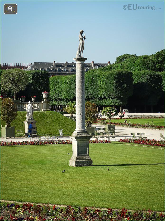 David Conquers Goliath Statue Luxembourg Gardens