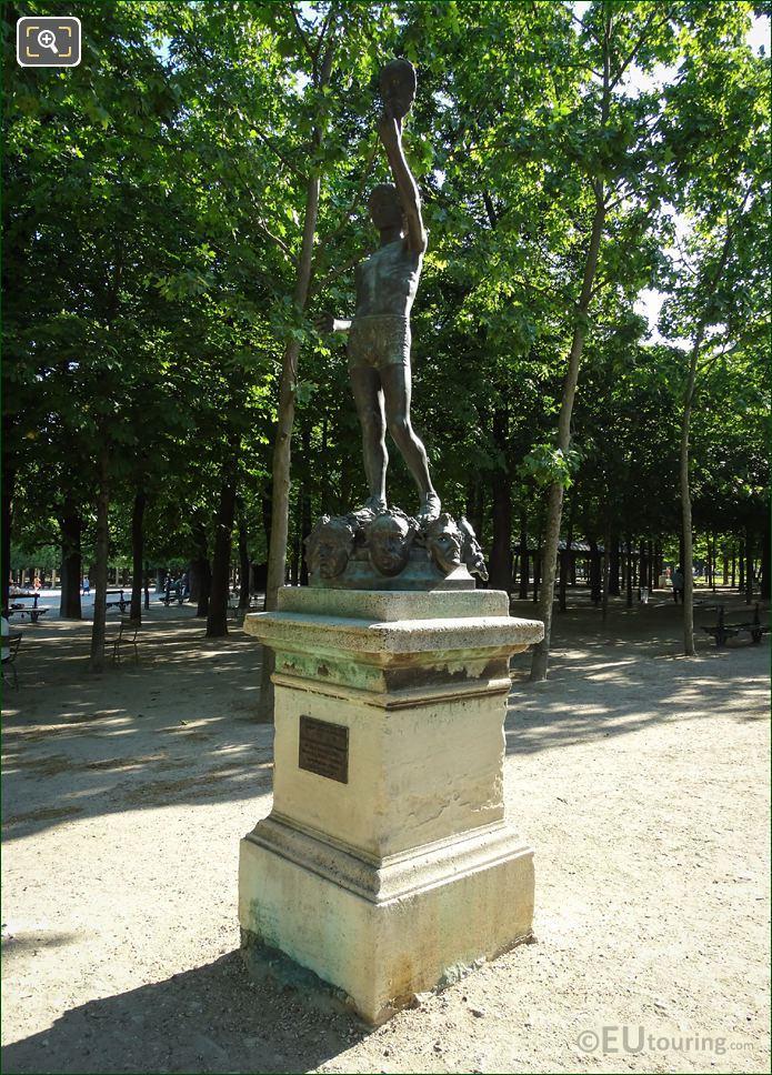 Le Marchand De Masques Statue Jardin Du Luxembourg