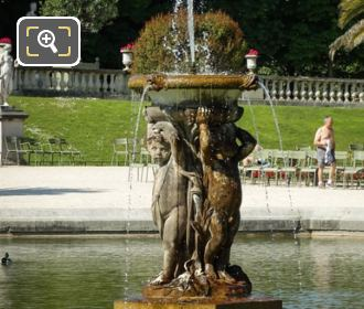 Grand Bassin Fountain Statues Enfants Supportant Une Vasque