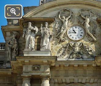 Palais Du Luxembourg La Guerre Statue