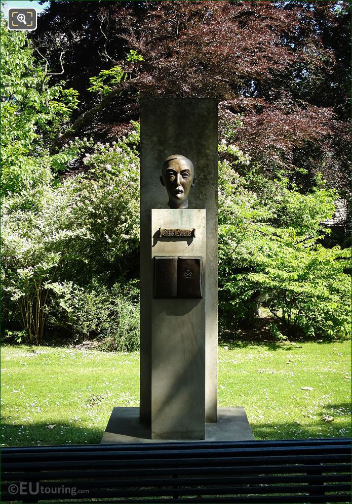 Stefan Zweig Monument Jardin Du Luxembourg