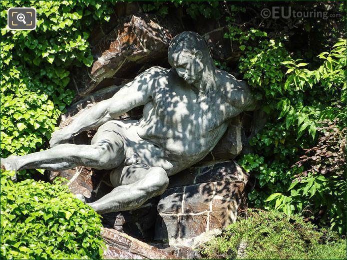 Jardin Du Luxembourg Statue l Effort