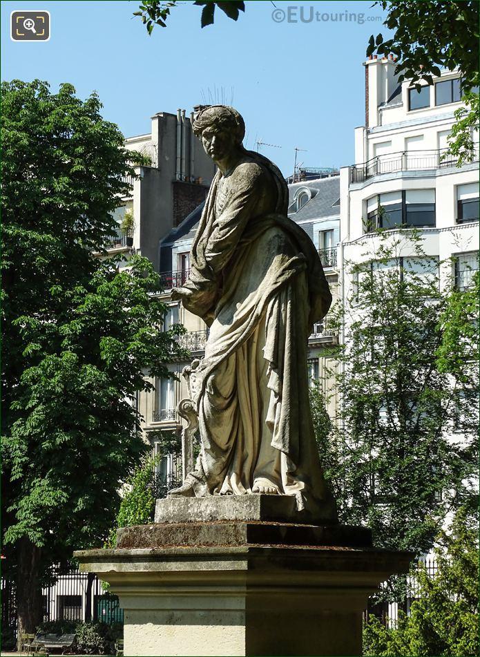 Michel Anguier Statue l Hiver