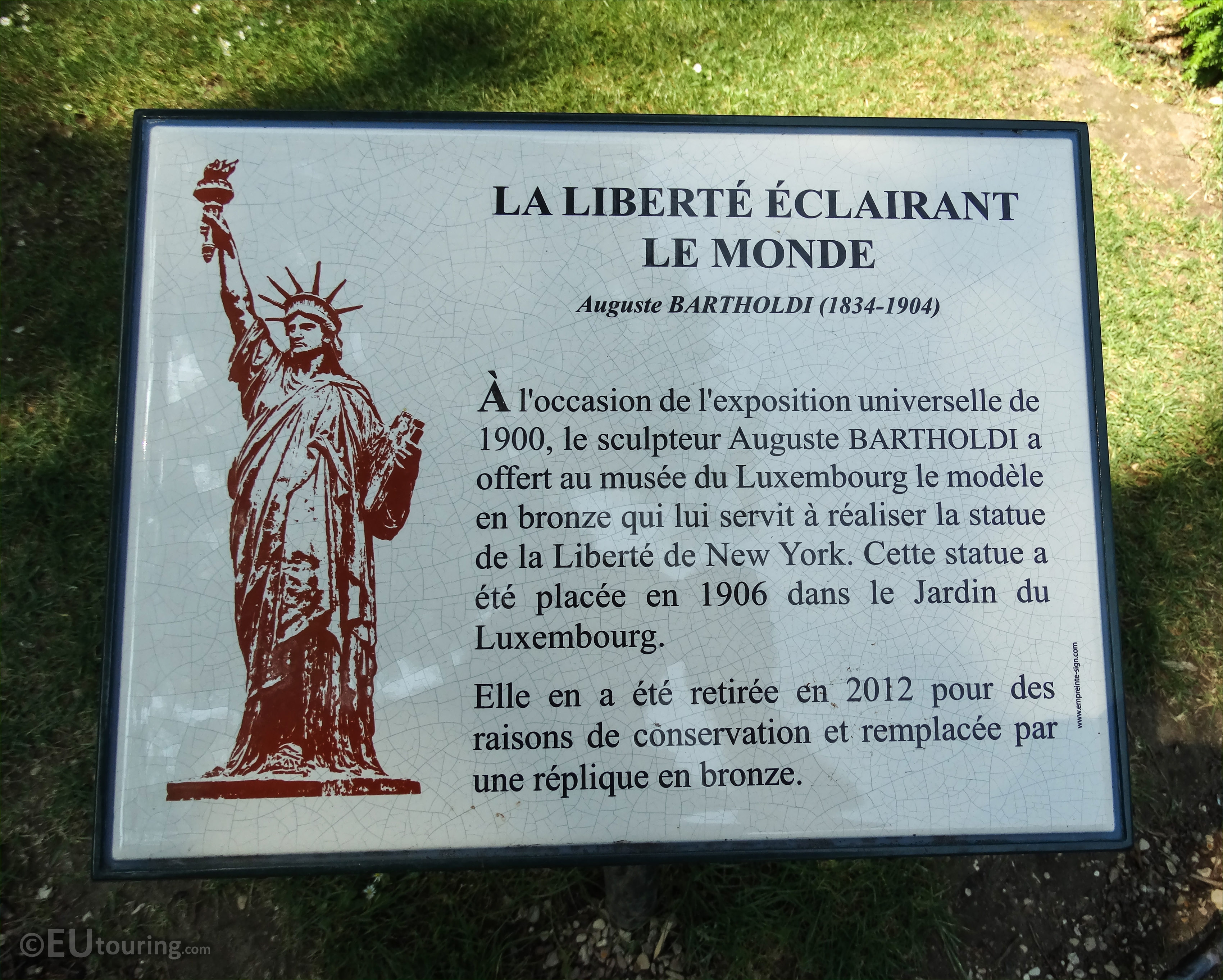 Photos of Statue of Liberty in Luxembourg Gardens Paris - Page 301