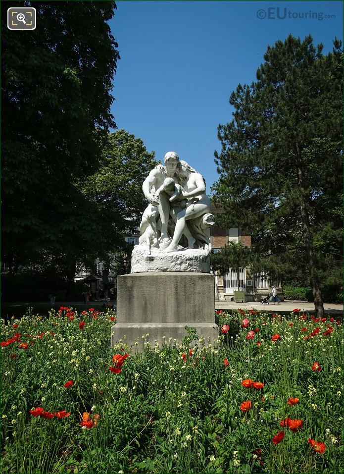 Front Of Marble Statue Joies De La Famille