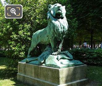 1872 Bronze Le Lion De Nubie Et Sa Proie Statue