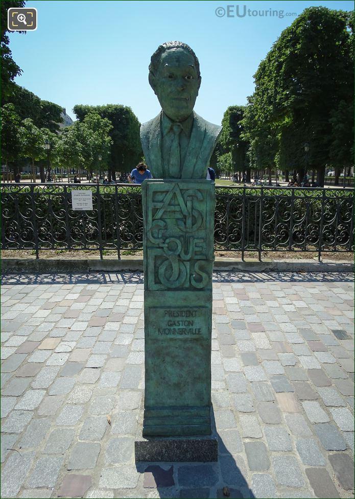 Statue Of Gaston Monnerville By Jacques Canonici