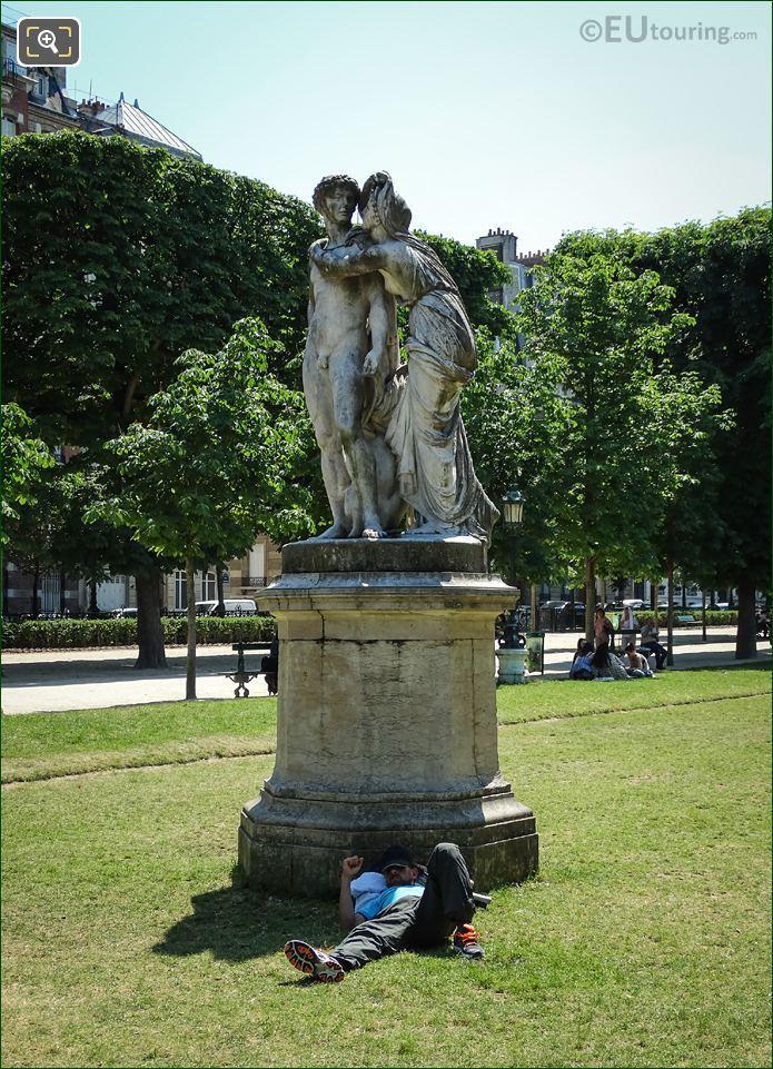 La Nuit Statue Jardin Des Grands Explorateurs