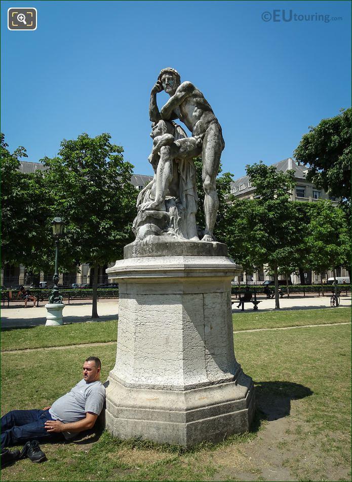 Jardin Robert Cavelier De La Salle Statue Le Crepuscule