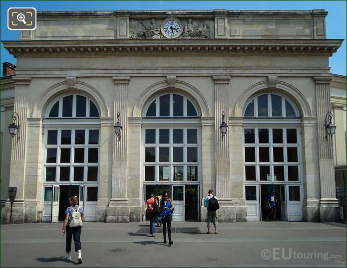 Front Facade Gare Denfert-Rochereau With Allegorical Statues