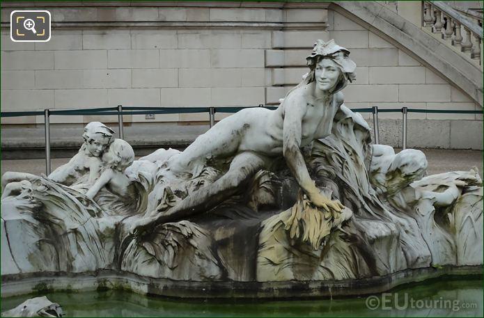 Central Statue Group Fontaine Miroir D'eau