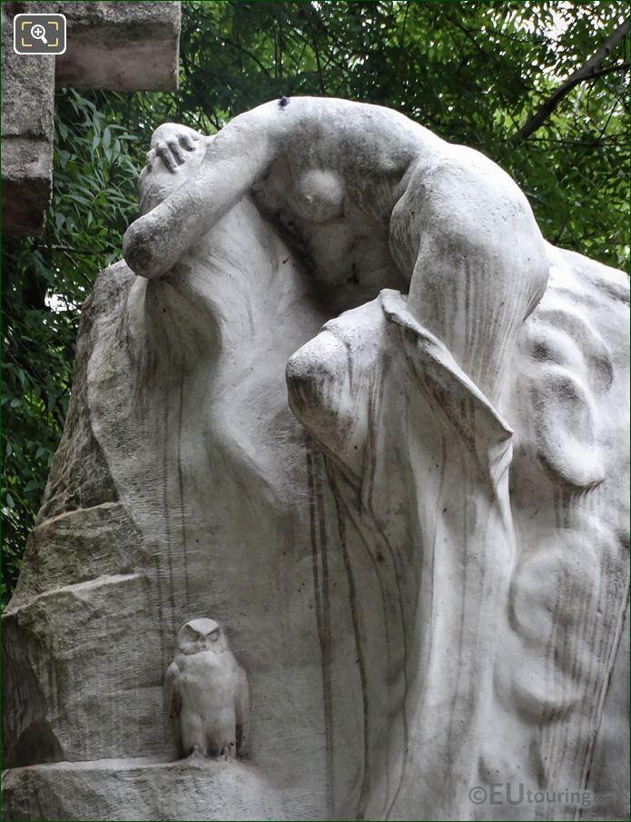 Marble Owl Sculpture Le Reve Du Poete Monument