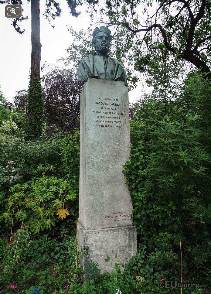 Jacques Cartier Monument Jardin De La Nouvelle France
