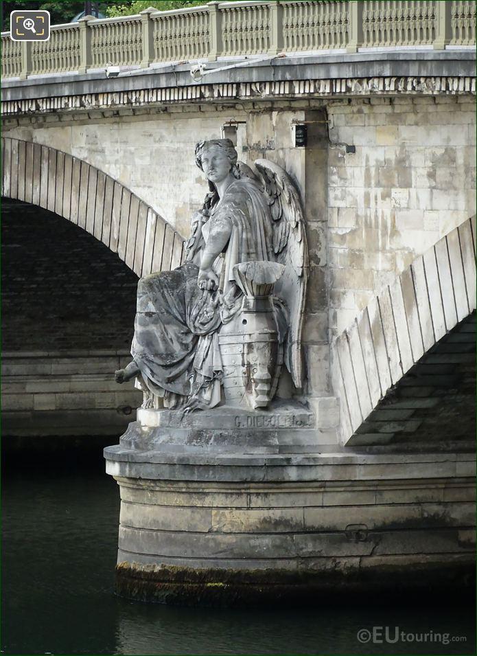 Maritime Victory Statue Pont Des Invalides