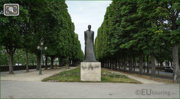 Komitas Monument Jardin d'Erevan