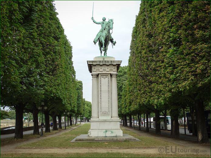 Lafayette Monument Cours la Reine