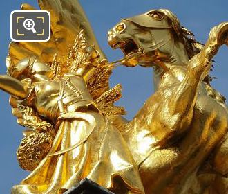 NW Golden Winged Horse Statue Alexandre III Bridge