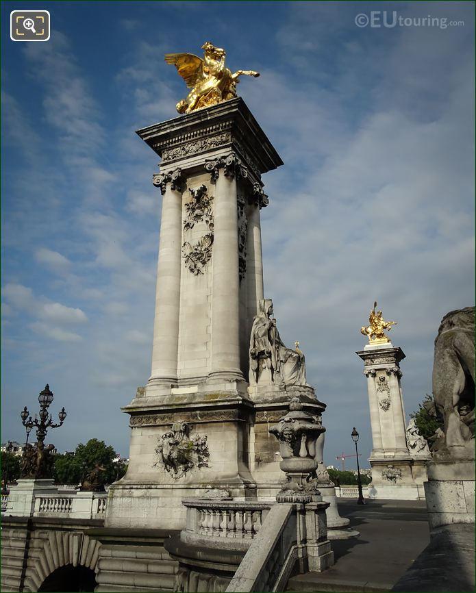 ES Pont Alexandre III Statue France De Charlemagne