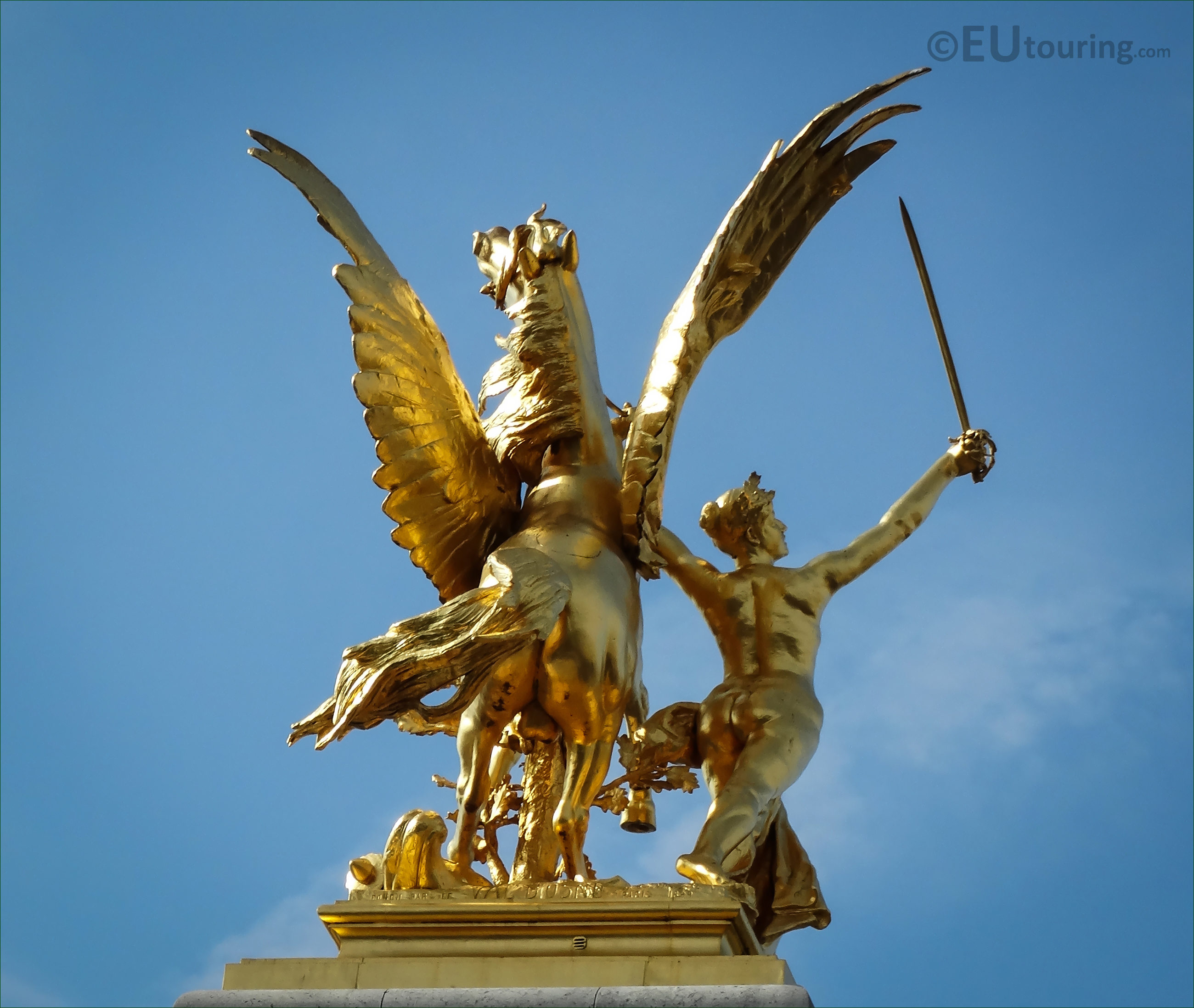 Photos of Renommee du Commerce statue on Pont Alexandre ...
