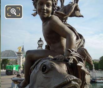 Enfant au Poisson Statue Pont Alexandre III