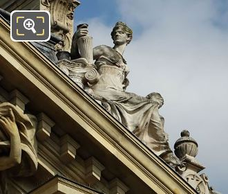Petit Palais East Facade Archeologie Statue