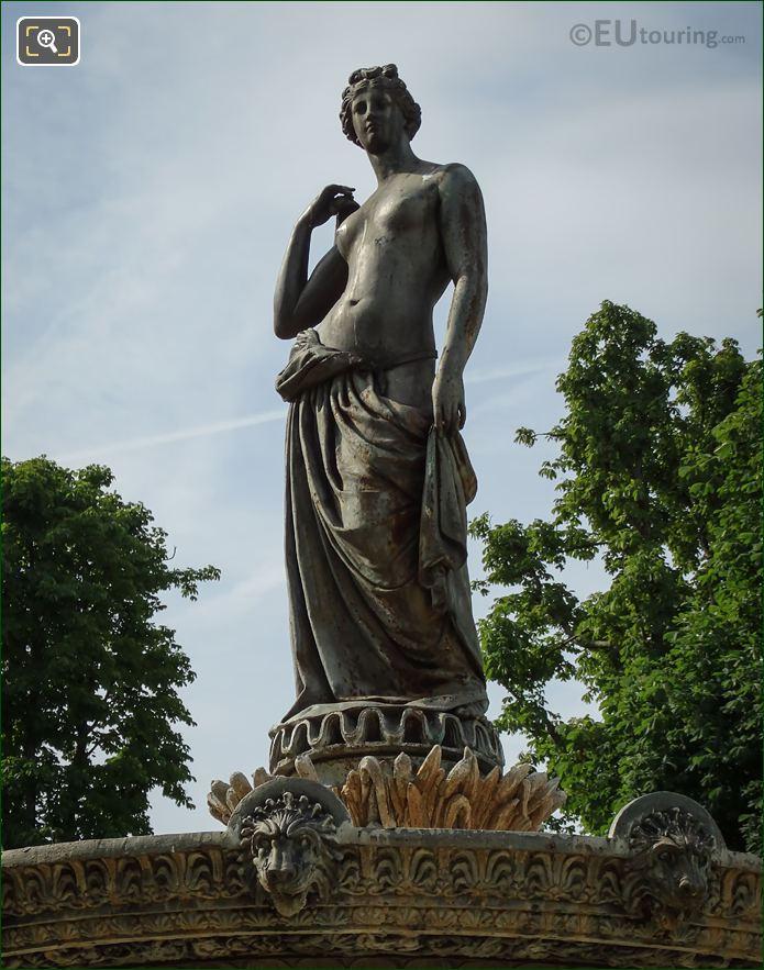 Diane Chasseresse Statue Fontaine De Diane