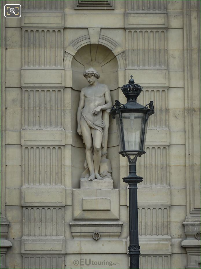 Le Laboureur Statue On Aile De Flore