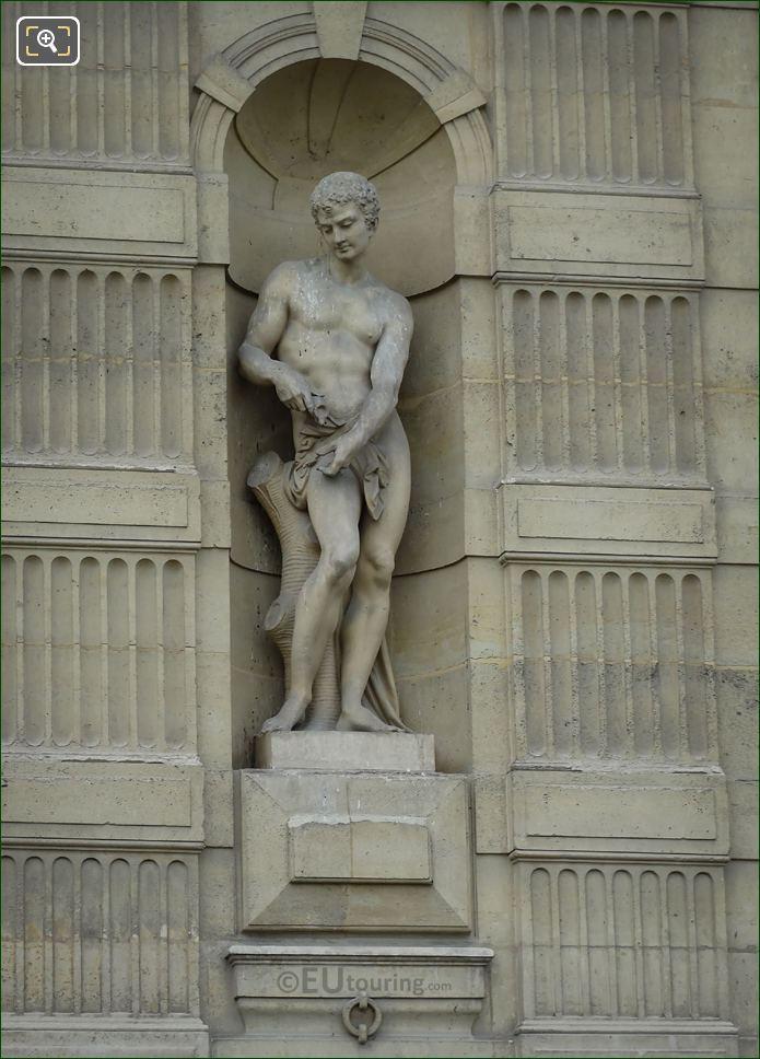 Le Lutteur Statue Aile De Flore