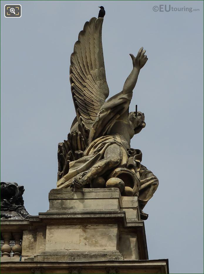 Musee Du Louvre La Guerre Statue