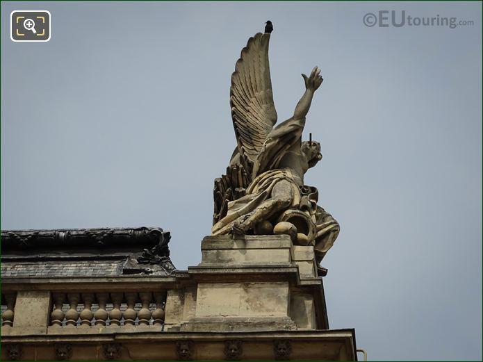 La Guerre Statue Pavillon Des Etats