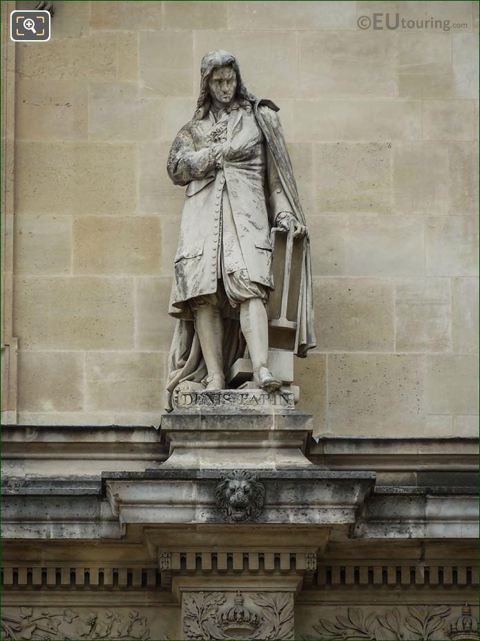 Denis Papin Statue On The Beauvais Rotunda
