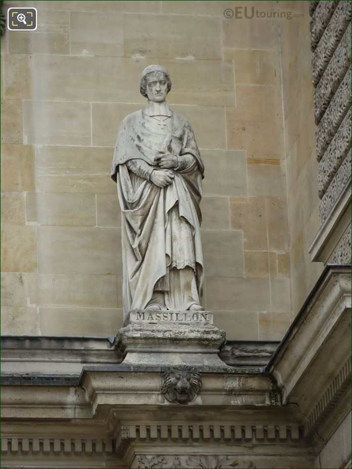 Jean-Baptiste Massillon Statue On Aile Henri IV