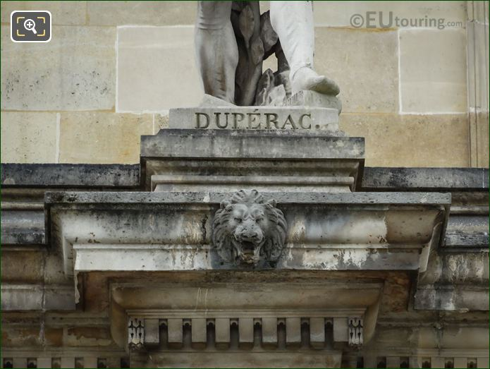 Name Inscription On Etienne Duperac Statue