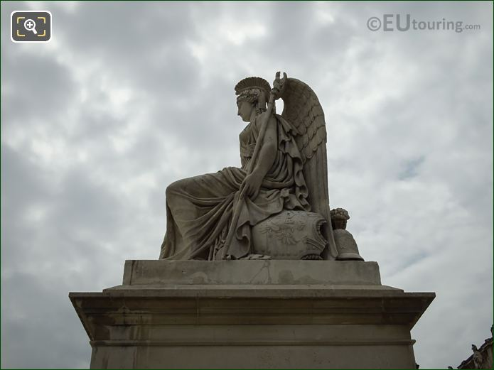 North Side La France Victorieuse Statue