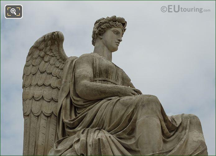 Allegorical Statue l Histoire