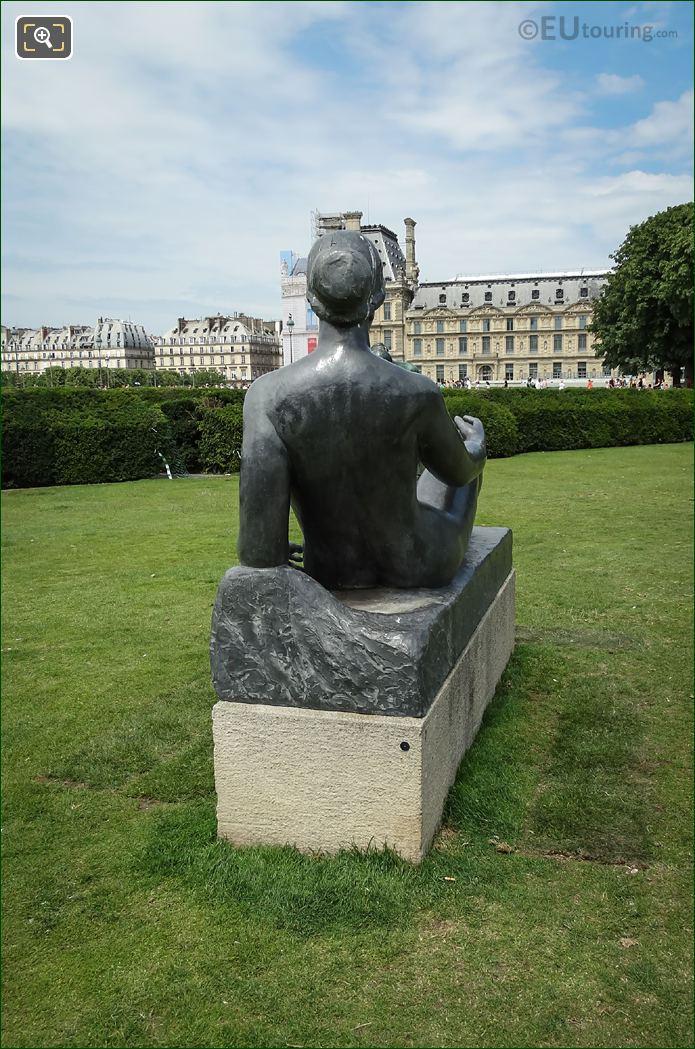 La Jeune Fille Allongee Statue Back