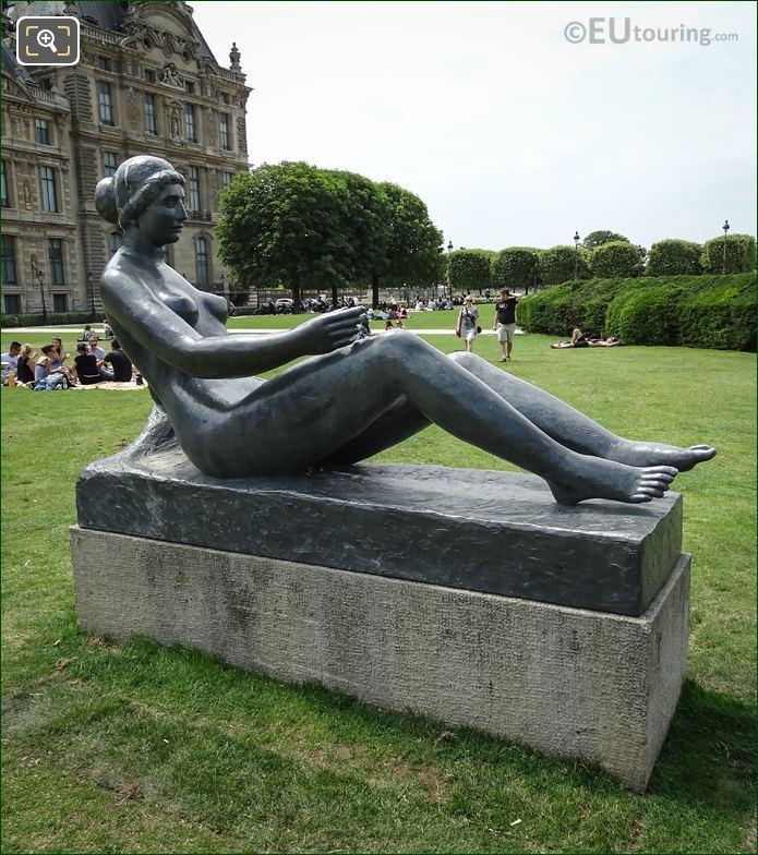 La Jeune Fille Allongee Statue Jardin Du Carrousel