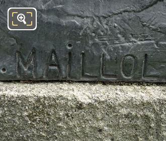 Aristide Maillol Inscription On La Jeune Fille Allongee